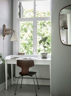 40 Popular Scandinavian Home Office Ideas You Were Looking For - Woodworking project plans appear to be extremely important when it comes to make a surprising decoration for your house or office. Without woodwork yo. Decor, Scandinavian Home Interiors, House Interior, Home, Swedish House, Scandinavian Home, Home Office Design, My Scandinavian Home, Window Nook