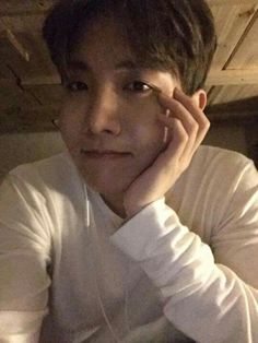 Jhope selca slaying my existence