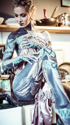 All Tatoo Gallety Woman Body Tattoo, Body Tattoos, Life Tattoos, Grace Neutral, Sick Tattoo, Tattoo Ink, Ink Model, Fishing Girls, Woman Painting