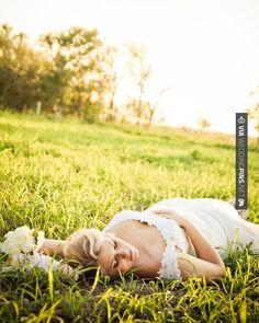 Fantastic - Dreamy Bridal Portraits     studio eleven photography   CHECK OUT MORE GREAT GREEN WEDDING IDEAS AT WEDDINGPINS.NET   #weddings #greenwedding #green #thecolorgreen #events #forweddings #ilovegreen #emerald #spring #bright #pure #love #romance