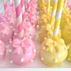 56 ideas for baby shower cake pops minnie mouse Torta Baby Shower, Baby Shower Cake Pops, Mini Cakes, Cupcake Cakes, Cake Cookies, Cookies Et Biscuits, Buffet Dessert, Cake Pop Designs, Cookie Pops