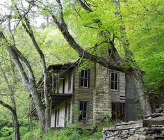 The Beautiful Abandoned Higdon Hotel! built c. 1890 and was opened until 1920. Location: Childers Creek Road, Reliance, Tennessee
