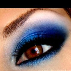 I love eye makeup photos that feature brown eyes. Blue on brown is such a good combination.