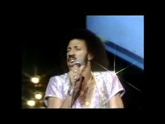▶ Commodores -  Sail on -  1979 (full version) Top of The Pops August 30th 1979 - YouTube