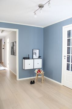 Best Bedroom Colors, Room Paint Colors, Paint Colors For Home, Living Room Colors, Living Room Paint, Living Room Grey, Living Room Designs, Denim Drift Living Room, Feature Wall Living Room