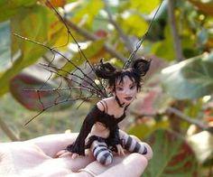 Abby Schutto, (NCIS), look alike fairy. Weird Creatures, Magical Creatures, Fantasy Creatures, Fantasy Landscape, Fantasy Art, Kobold, Clay Fairies, Fairy Pictures, Fairy Figurines