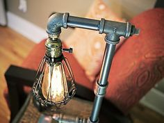Tubería de hierro Retro Steampunk jaula Minimalista Escritorio Mesa Lámpara de Iluminación Tubo Dimmer