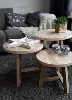 3 ronde tafeltjes van oud steigerhout, te gebruiken als salontafel of bijzettafeltjes Harrie de Weert Multidiensten www.harriemade.nl