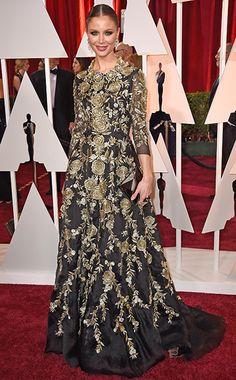 f433a1704f4 Georgina Chapman in a beautiful floral jacquard Marchesa gown