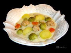 Ružičková polievka s mäsovými guľkami