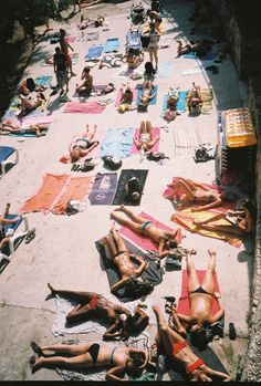 """British tourists at Hvar Island"". Ada Hamza is the Slovenian-born photographer capturing the remnants of the former Yugoslavian republics through the glare of the summer sun. Summer Dream, Summer Of Love, Summer Days, Summer Vibes, Summer Story, Hvar Island, Summer Skin, Thing 1, Summer Feeling"