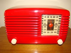 Philco Transitone Bakelite Deco Radio