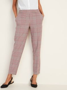 Old Navy Mid-Rise Plaid Pull-On Straight Pants for Women Baby Girl Jeans, Girls Pants, Pants For Women, Pink Pants Outfit, Plus Size Jeans, Maternity Fashion, Casual Tops, Autumn Winter Fashion, Plus Size Outfits