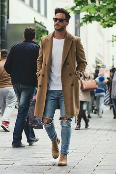 Kuvahaun tulos haulle camel coat men