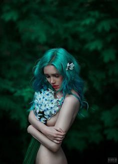 Rich, Spontaneous Photography: An Interview with Lori Cicchini – BuzzTMZ Fantasy Photography, Nude Photography, Portrait Photography, Fantasy Kunst, Fantasy Art, Images Lindas, Foto Fashion, Maquillage Halloween, Portrait Art