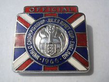 1966 WORLD CUP ...ENAMEL OFFICIAL BADGE...