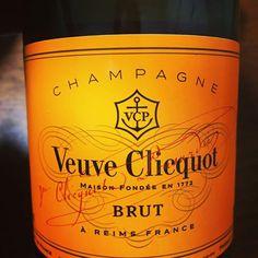 シャンパンとおせち
