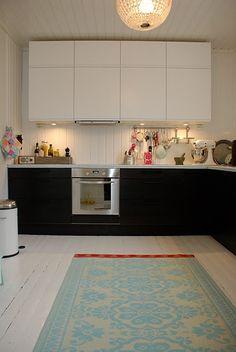 black and white norwegian kitchen
