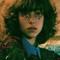 gals with glitter triangles under their eyes, i'd be friends.