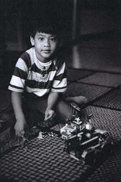 Play  Model: Ian Ancheta  Kodak ISO400 B