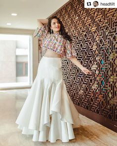 Latest Collection of Lehenga Choli Designs in the gallery. Lehenga Designs from India's Top Online Shopping Sites. Indian Gowns Dresses, Indian Fashion Dresses, Dress Indian Style, Indian Designer Outfits, Indian Outfits, Indian Wedding Gowns, Indian Fashion Trends, Stylish Dresses For Girls, Stylish Dress Designs