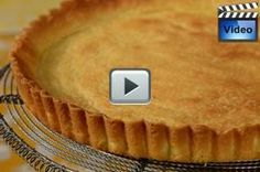 This Shortbread Crust has a sweet buttery flavor and a crisp texture. It is like a shortbread cookie only in tart form. With Demo Video Sweet Pie Crust Recipe, Pie Crust Recipes, Pie Crusts, Just Desserts, Dessert Recipes, Pastry Cake, Tart Pastry, Homemade Pastries, Shortbread Crust