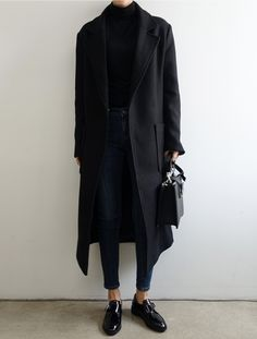 black coat women black coat women Amelie Jakubassa ameliejakubassa fashion black coat women MODEBERATUNG empfiehlt all in blackblackschwarzunialloverbusinesssimplepurismus&; Amelie Jakubassa black coat […] with leggings black girl Mode Outfits, Fall Outfits, Casual Outfits, Fashion Outfits, Womens Fashion, Fashion Trends, Fashion Ideas, Fashion Sale, Japan Fashion