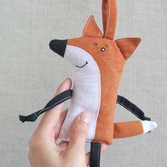 FOX LIŠKA+Malá+dekorace+nebo+přívěšek+pro+radost. Dinosaur Stuffed Animal, Babies, Toys, Animals, Decor, Activity Toys, Babys, Animales, Decoration