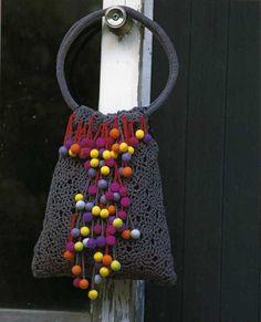 crochet purse       ♪ ♪ ... #inspiration #crochet  #knit #diy GB  http://www.pinterest.com/gigibrazil/boards/