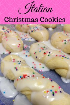 italian christmas cookies These are my favorite cookie and I love making them. Italian Christmas Cookie Recipes, Italian Cookie Recipes, Italian Cookies, Holiday Desserts, Holiday Baking, Christmas Baking, Holiday Recipes, Christmas Recipes, Italian Foods