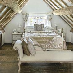 shabby chic möbel anrichte weiß romantisches schlafzimmer ...