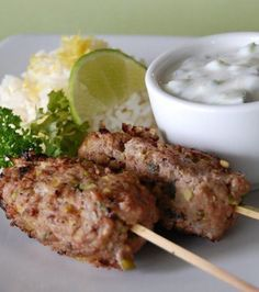 Moroccan barbecue keftas – Famous Last Words Barbeque Sides, Grilling Sides, Shish Kebab, Kebabs, Bbq Skewers, Barbacoa, Cooking On The Grill, Cooking Time, Venison Backstrap