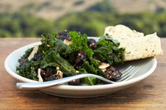 82. Appetizer Salads - If you're eating out, make salad the appetizer - brilliant!  from Dr. Oz's 100 Best Weight-Loss Tips