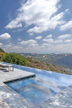 #home with an amazing #panorama from a #pool