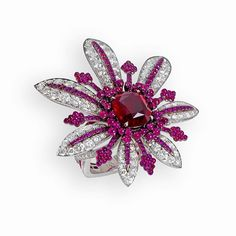 John Rubel La Divine ring. Made of white gold, rubies and diamonds.The 4,09 carats natural Ruby is from Mozambique.