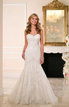 The Great Wedding Dress Event! Saturday, February 13, 2016 The Radnor Hotel Radnor, PA 19087  www.yestothedress.love