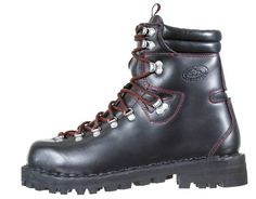 Fashion Boots, Boho Fashion, Mens Fashion, Mountaineering Boots, Q 2, Vintage Hipster, Tall Boots, Shoe Box, Hiking Boots