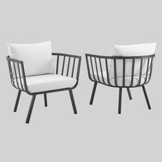 Metal Outdoor Chairs, Outdoor Armchair, Modern Outdoor Furniture, Modern Patio, Patio Furniture Sets, Patio Chairs, Sofa Furniture, Outdoor Decor, Outdoor Spaces