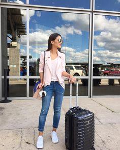"""Camila Coelho no Instagram: """"Hello Austin! Super excited to be here for SXSW with @revolve ✨ #revolvefestival #revolvearoundtheworld ------- Olá Austin!!! Super animada em estar aqui para o festival SXSW com a @revolve !✨"""""""