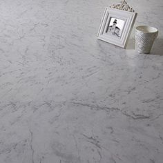 Dalle PVC adhésive marble STYLING Aero | Leroy Merlin