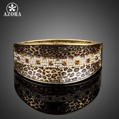 Luxe Leopard Pattern Gold Bangle