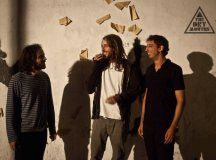 """The Dry Mouths: un mapa de rock oscuro"". El grupo almeriense domina las artes del #rock tétrico, de Alice in Chains a Mogwai. http://www.secretolivo.com/index.php/2014/02/20/the-dry-mouths-un-mapa-de-rock-oscuro/"