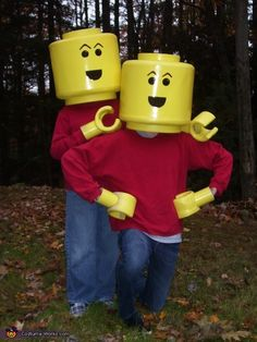I created 2 lego mini figure costumes for my 2 sons. I used ridgid foam, poster board, yellow spray paint and liquid nail. I laminated the foam using liquid nail and then carved the foam into the lego head top and bottom, then sanded the. Diy Costumes For Boys, Homemade Halloween Costumes, Halloween Costume Contest, Boy Costumes, Halloween Kostüm, Holidays Halloween, Halloween Decorations, Costume Ideas, Purim Costumes