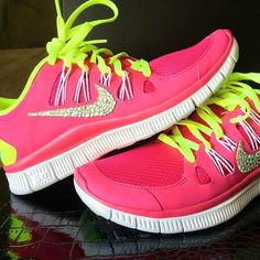 Nike shoes Nike roshe Nike Air Max Nike free run Nike USD. Nike Nike Nike love love love~~~want want want! Cheap Nike Air Max, Nike Shoes Cheap, Nike Free Shoes, Nike Shoes Outlet, Running Shoes Nike, Affordable Workout Clothes, Sexy Workout Clothes, Workout Outfits, Nike Free Runs For Women