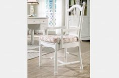 Country style accent chair - MelodyHome.com