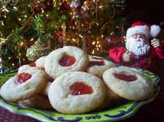 Twirl and Taste: Santa's Favorite Cookies - Butter Cookies which Southern Living chose to feature in their holiday section Christmas Cookie Exchange, Christmas Treats, Christmas Cookies, Holiday Treats, Santa Cookies, Christmas Foods, Christmas Traditions, Christmas Time, Merry Christmas