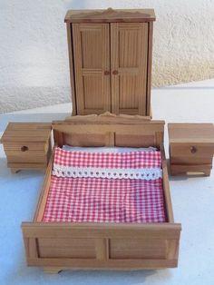 Lundby Schlafzimmer Schrank Bett Nachtschränke Puppenhaus 1:18 Lisa Puppenstube