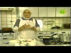 Hermana Bernarda Strudell de pollo 1/3 - YouTube Sacher, Carne, Dinner Recipes, Food And Drink, Atlantis, Recipes, Drink Recipes, Homemade Recipe, Tasty Food Recipes