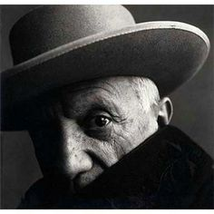 In the 1950s, Irving Penn adopted a new more direct, close-up style - photographing subjects such as Picasso (1957) and Louis Jouvet (1951).
