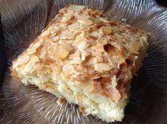 Juicy butter cake in a flash Orange Recipes, Sweet Recipes, Brownie Bites Recipe, Baking Recipes, Dessert Recipes, German Baking, Cooking Cake, Gateaux Cake, Peanut Butter Recipes